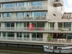 居外网在售荷兰3卧2卫的房产总占地246平方米EUR 2,250,000