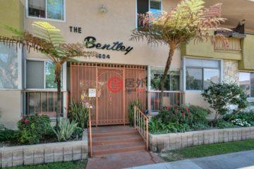 居外网在售美国长滩2卧2卫的房产总占地1534平方米USD 489,984