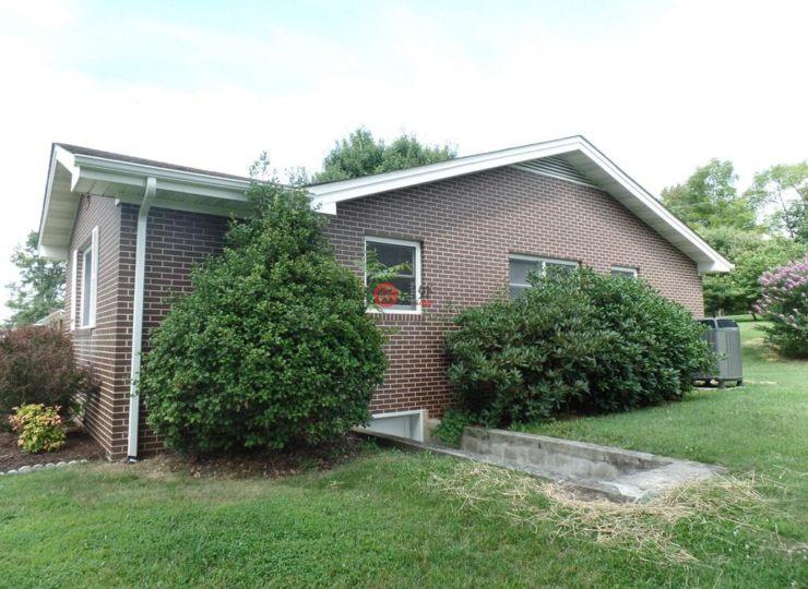 美国佛吉尼亚州阿宾登3卧2卫的房产
