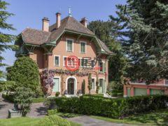 居外网在售瑞士科洛尼4卧的房产总占地6500平方米