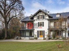 居外网在售瑞士特鲁瓦内5卧6卫的房产总占地12000平方米