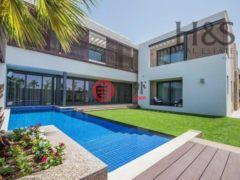 居外网在售阿联酋迪拜4卧4卫的房产总占地607平方米AED 12,907,286