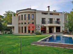 居外网在售保加利亚5卧5卫的房产EUR 2,700,000