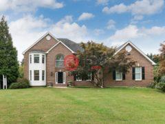 居外网在售美国4卧3卫的独栋别墅总占地7487平方米USD 1,350,000