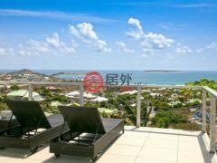 居外网在售圣马丁岛4卧3卫的房产总占地1800平方米EUR 1,052,000