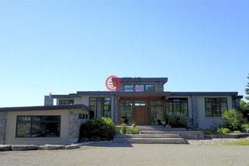 居外网在售加拿大Caledon5卧7卫的房产总占地325084平方米CAD 4,890,000